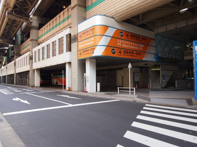 成田空港周辺駐車場